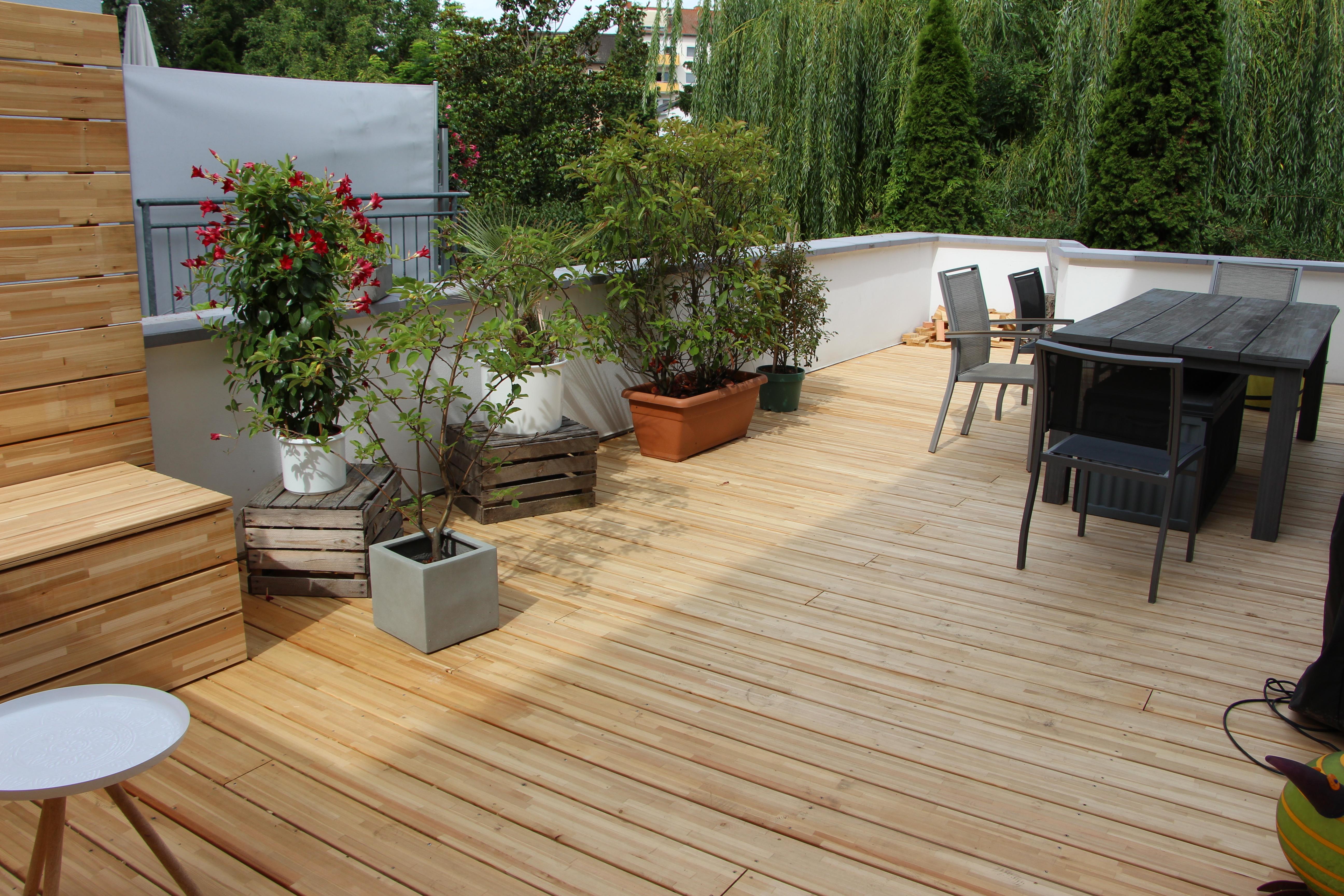 zimmermeister christian uelk terrasse aus l rche. Black Bedroom Furniture Sets. Home Design Ideas